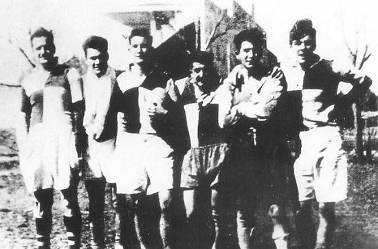Che_Guevara_(1ro_derecha)_-_Rugby_-_Atalaya
