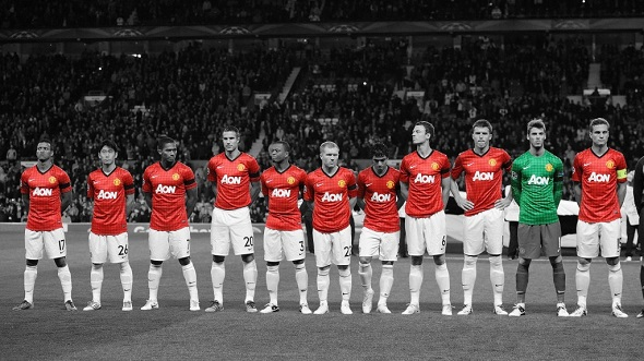 manchester_united_squad_black_white_background_download_hd_wallpaper-1024x576