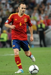 Andrés_Iniesta_Euro_2012_vs_France_02