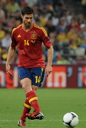 Xabi_Alonso_Euro_2012_vs_France_02